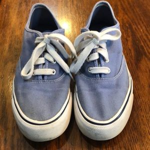 Size 9 Bass blue sneakers